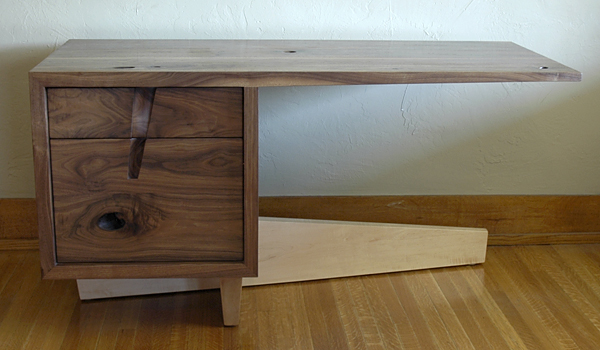 cupertino cantilever desk 6